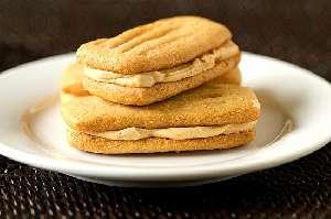 Μπισκότα σάντουιτς με φυστικοβούτυρο θερμιδικη αξια